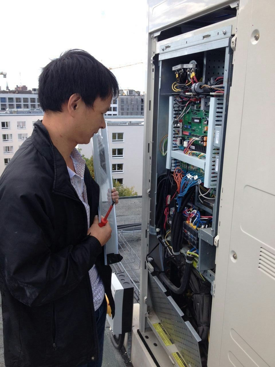 Orient HVAC Service Limited  send out engineer to support  German client's  installation and maintenance